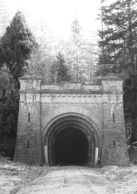 Pau Canfranc , entrée Tunnel ferroviaire du Somport | Flickr