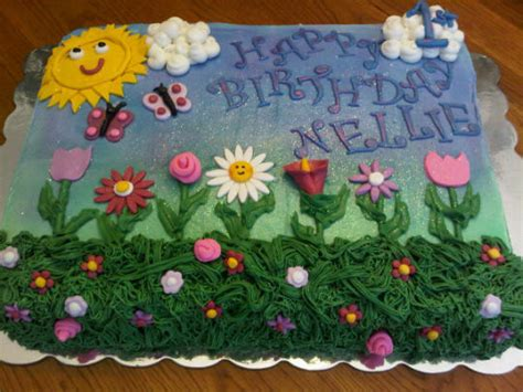 Flower Garden Birthday Cake Cake By Tammy Cakesdecor Flower Garden Cake Ideas