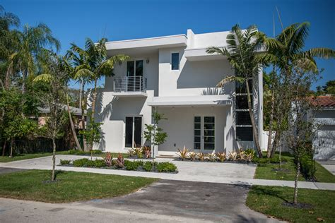 modern home for sale in coconut grove 2275 overbrook