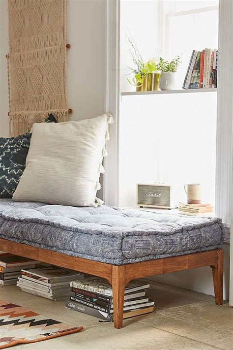 best 25 daybeds ideas only on pinterest daybed rustic