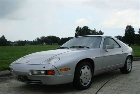 buy   porsche   silverlinen automatic  miles sunroof  maintained
