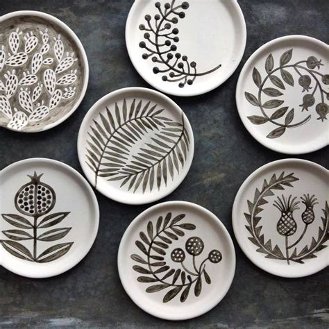 pottery design ideas 17 best images about ceramic decorating techniques on