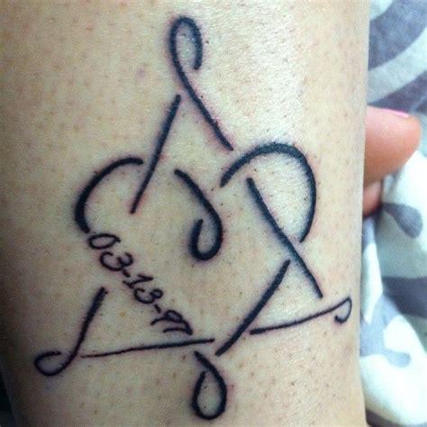 adoption symbol tattoo best 25 adoption ideas on celtic knot