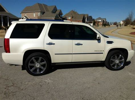 how to take a 2008 cadillac escalade tire off buy used 2008 cadillac escalade luxury edition pearl w tan new tires navigation dvd in