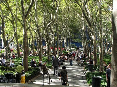 Detox Places In Ny by Check Out All The Things To See And Do At Bryant Park