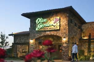 olive garden brings back unlimited 7 week pasta pass