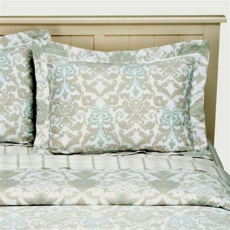 simply shabby chic new simply shabby chic damask scroll reversible comforter set king ebay