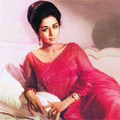 nanda biography in hindi veteran bollywood actress nanda passes away at 75