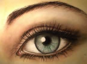 occhio le il disegno dell occhio e la tecnica pastello su