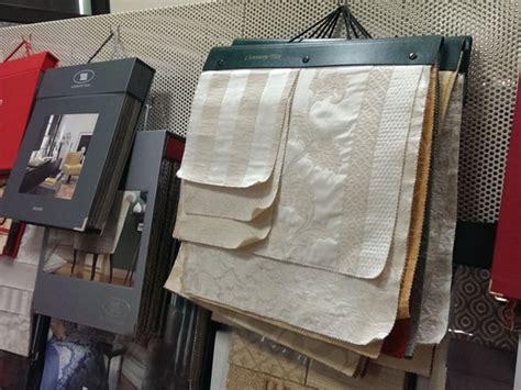 rifoderare divano prezzi divani in tessuto parma correggio prezzi rifoderare