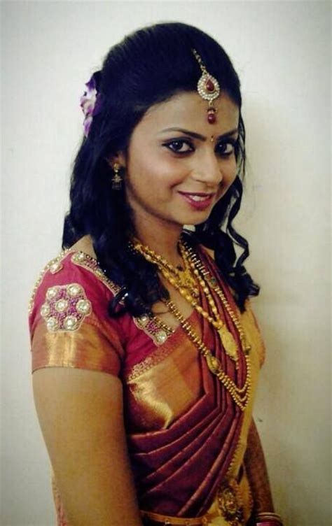 Hairstyles For South Indian Reception | pin by swank studio on indian bridal hairstyles pinterest