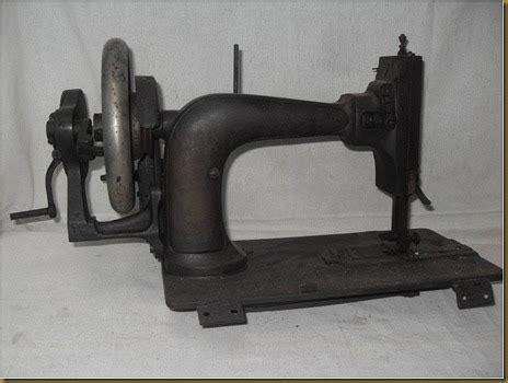 Mesin Jahit Engkol koleksi barang antik mesin jahit engkol bodi kotak terjual