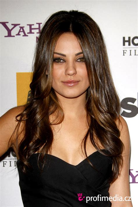 Mila Kunis Hairstyle by Picture Gallery Mila Kunis Hairstyles Hair Gallery