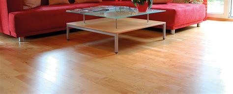 Epoxidharz Tisch Polieren by Epoxidharz Holz Versiegeln Salontisch Aus Schweizer