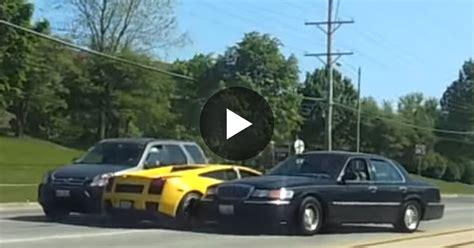 Lamborghini Youtube Crash by Lamborghini Crashes In Chicago Suburbs Youtube Autos Post