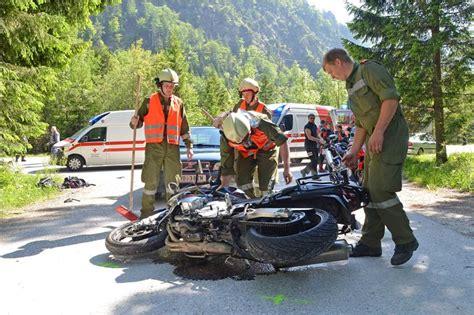 Motorrad Unfall Wiesen by Schwerer Motorrad Unfall Im Wei 223 Enbachtal Salzi At