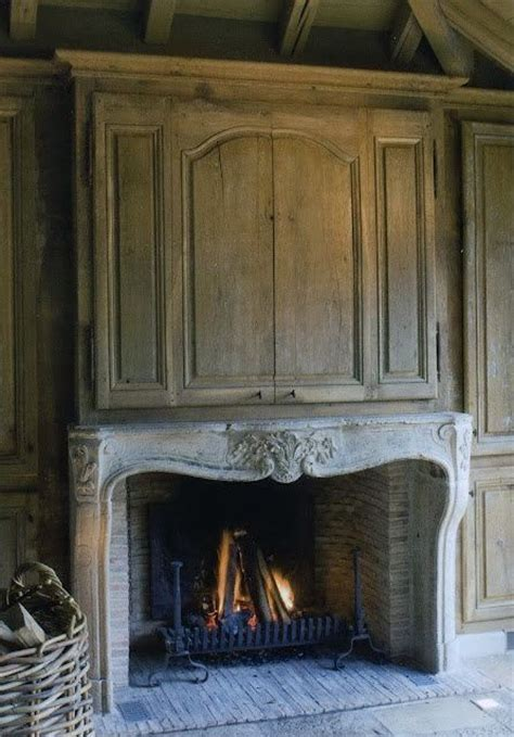 covering fireplace panelled fireplace tv over fireplace cover pinterest