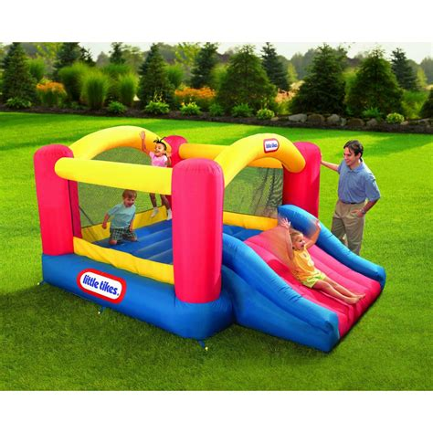 bounce house for kids kids jumping in bounce house www imgkid com the image kid has it