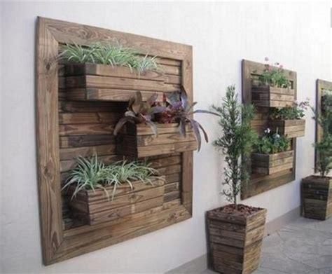 mobili con pedane di legno realizza i mobili con i bancali di legno per la tua casa