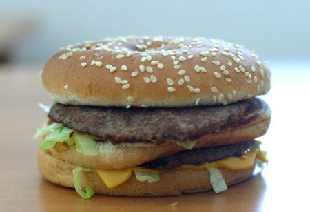 famosa cadena de comida rápida mcdonald 194 180 s baja sus precios en m 195 169 xico pa 195 173 s con severos