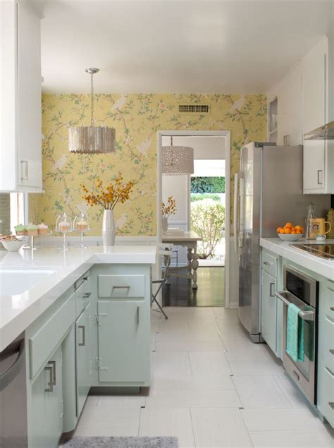 50s kitchen cabinets before after a 1950s kitchen gets an affordable upgrade zillow porchlight