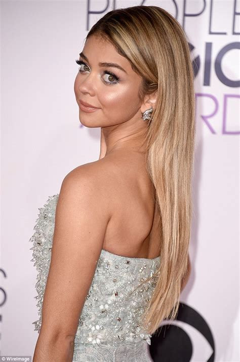 sarah hyland blonde sarah hyland shows off her blonde hair and petite frame at