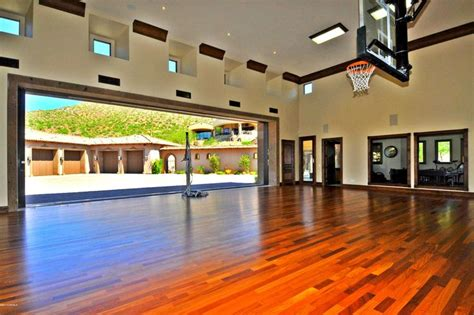 20 of the most amazing home basketball courts