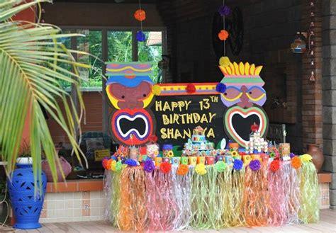 birthday themes hawaii hawaiian themed 13th birthday pool party full of fabulous