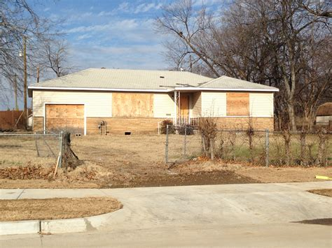 we buy ugly houses tulsa area home buyers 918 516 8411