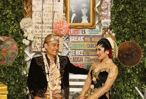 Weddingku Souvenir Surabaya by Foto Instant Souvenir Unik Pernikahan Weddingku