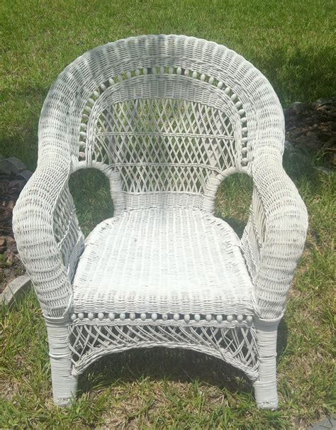 white wicker bedroom chair used white wicker chair white wicker furniture ebay 120