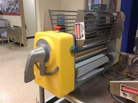 bench top dough sheeter rondo tabletop reversible dough sheeter model stm513 pre
