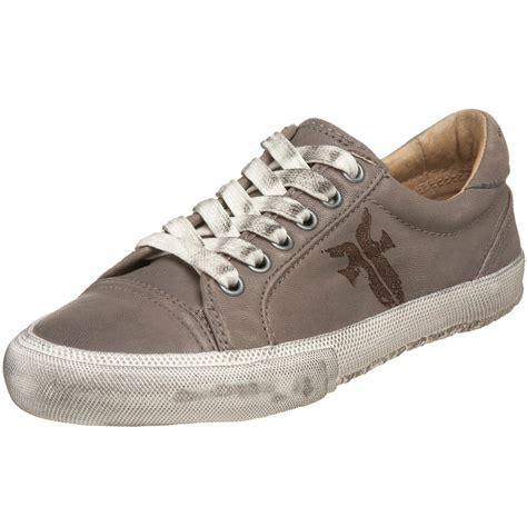 frye sneakers frye frye womens low top casual sneaker in gray grey