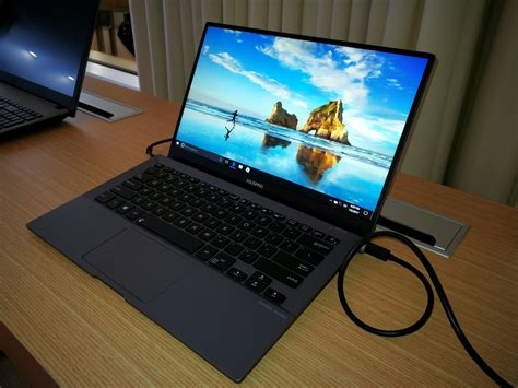 asus pro b9440 durable ultra thin business laptop with 10