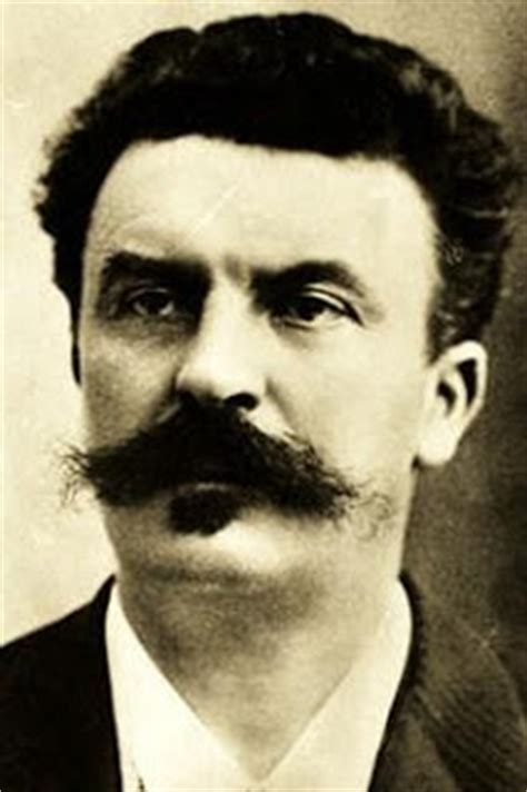 the biography of guy de maupassant les 233 crivains fran 231 ais biographie de guy de maupassant