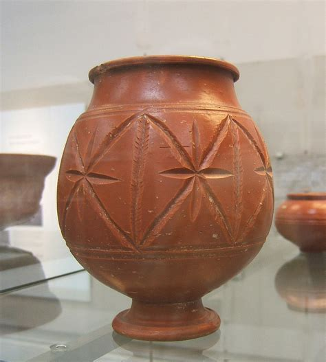 Vase Patterns file roman pottery central gaulish samian jar jpg