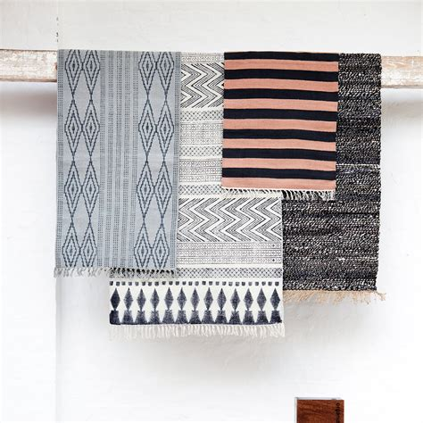 house doctor rug block rug 160x230cm white grey house doctor house doctor royaldesign