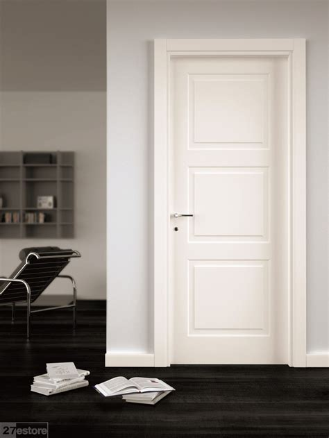 White Wood Interior Doors 3 1 2 Square Door Casing Our Home Interior Door Doors And Interiors