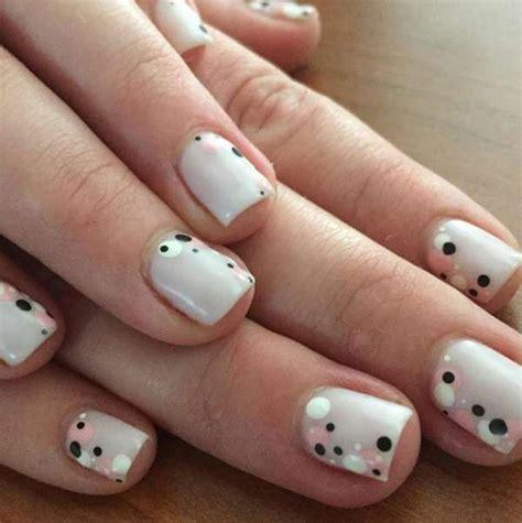 imagenes de uñas blancas con negro m 225 s de 17 ideas fant 225 sticas sobre manicura blanca en
