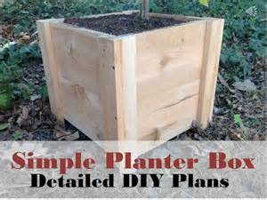 how to build this easy planter box diy cedar