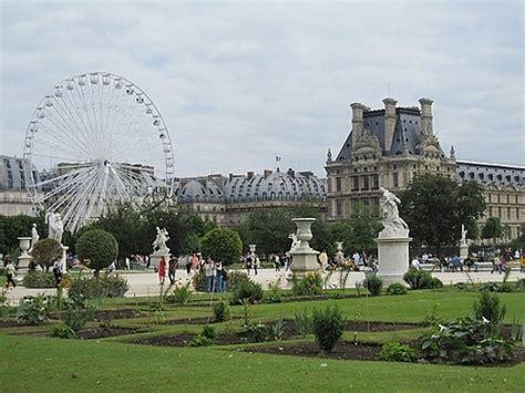 giardini louvre jardin des tuileries travelvivi