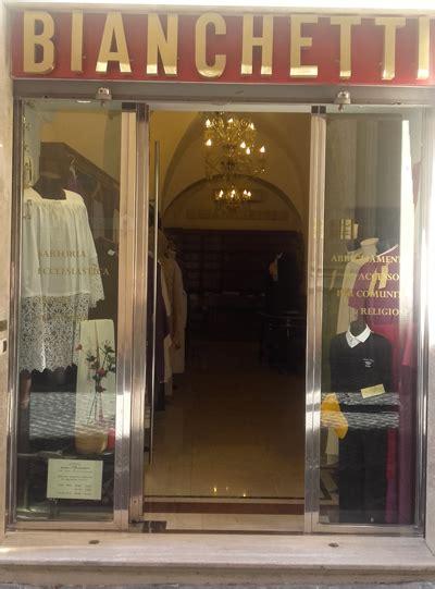 maranatha arredi sacri paramenti sacri abbigliamento liturgico ed abiti religiosi