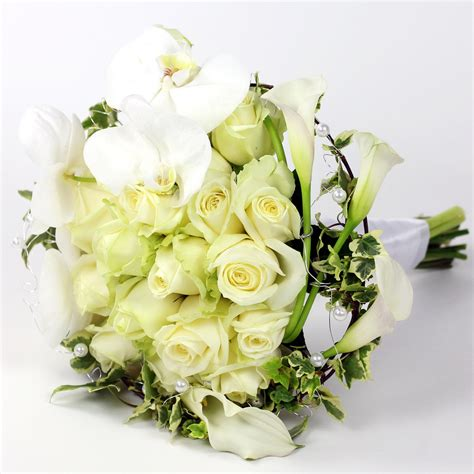 wedding flower arrangements photos start planning your winter wedding