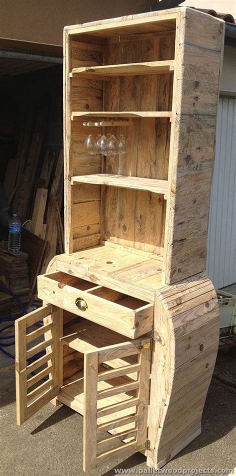 diy projects from pallets things to do with recycled pallets pallet wood projects