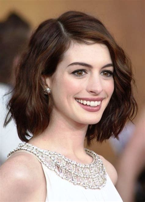 oval head hairstyles 20 short hairstyles for oval faces feed inspiration