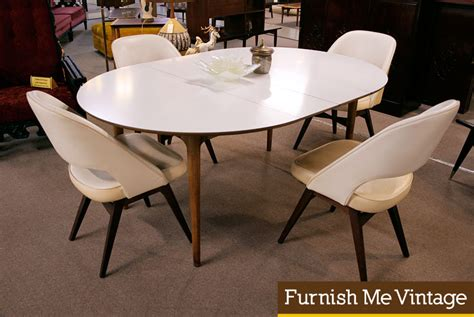 Oval Pedestal Dining Room Table Modern White Oval Dining Table