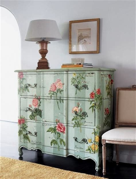 Decoupaging Furniture - 39 furniture decoupage ideas give things a second