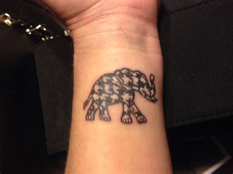 alabama crimson tide tattoos my houndstooth elephant roll tide tattoos
