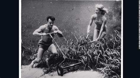 i vintage 10 stunning underwater vintage photos cnn