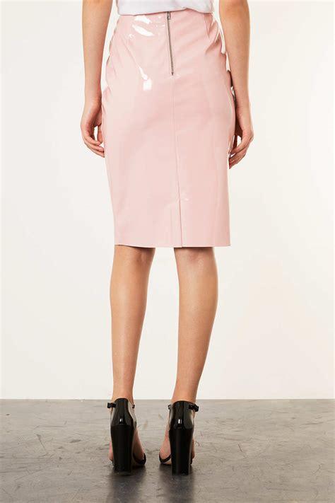 topshop pale pink vinyl pencil skirt in pink lyst